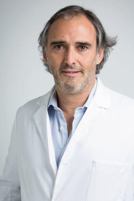 Cirujano Maxilofacial en Madrid Dr. Riba