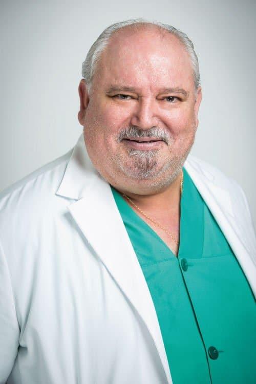Dr. Matías Cuesta