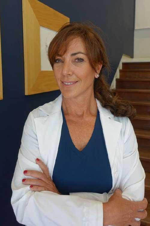 Dra. Daniela Álvarez