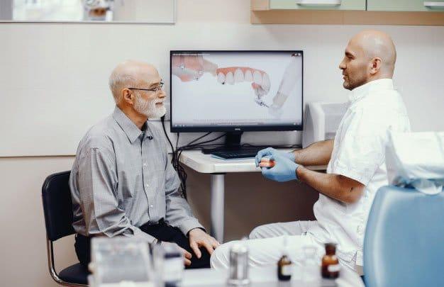 Cirugía guiada para la falta de diente
