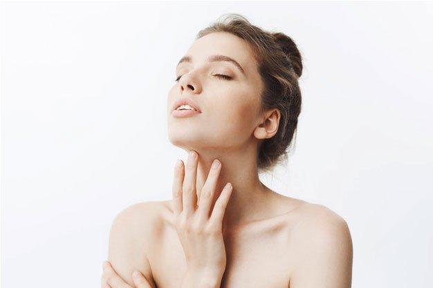 Causas de la aparición de flacidez en el cuello