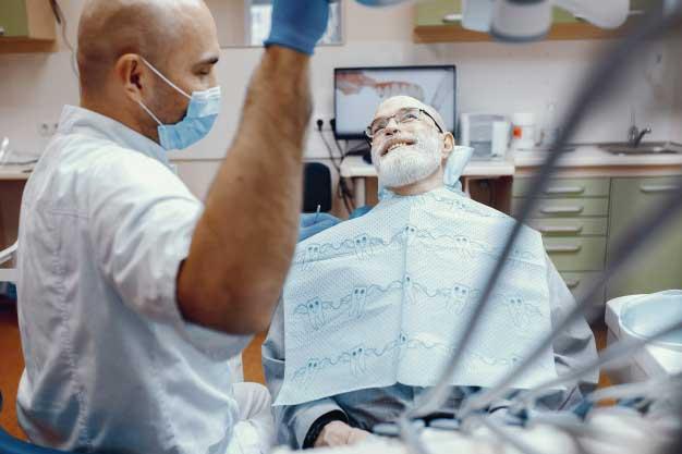 ¿Qué precio tienen los implantes zigomáticos?